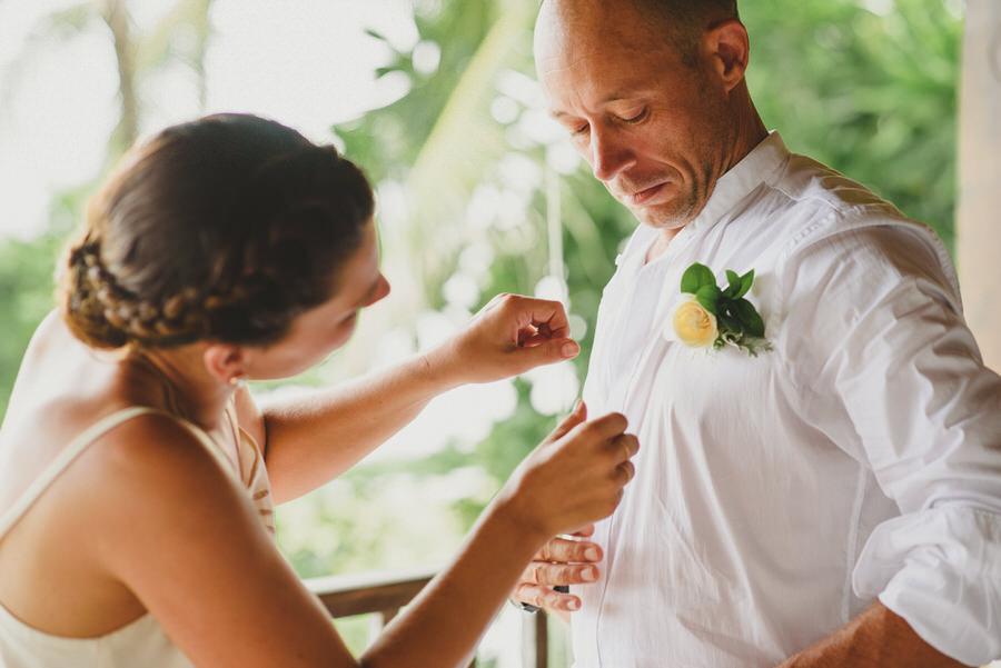 bali wedding destination-wedding in bali - bali photographer - pantai lima estate - profesional bali wedding photographer - diktatphotography - ade + sam - 18