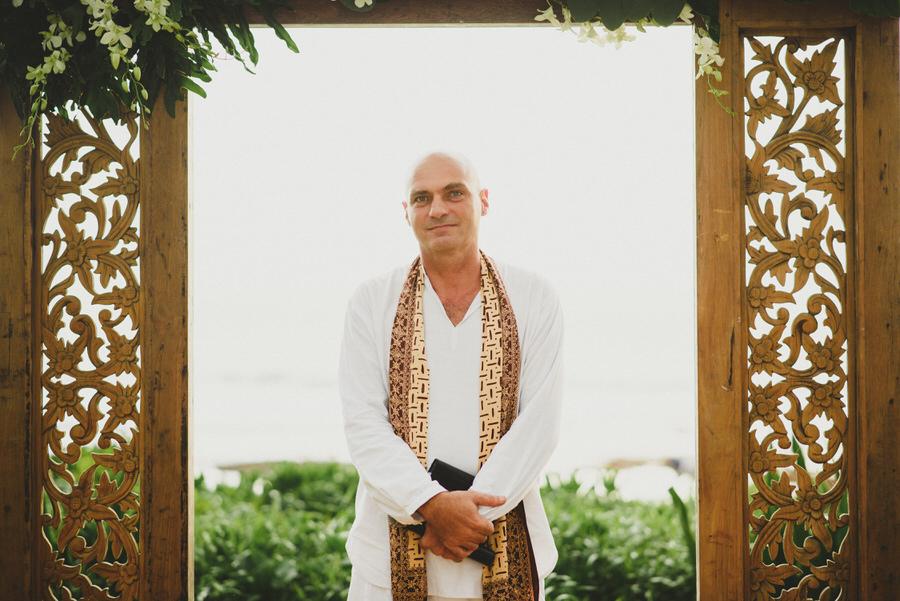 bali wedding destination-wedding in bali - bali photographer - pantai lima estate - profesional bali wedding photographer - diktatphotography - ade + sam - 32