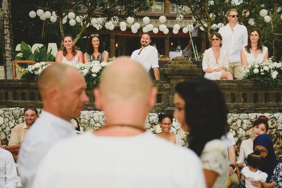 bali wedding destination-wedding in bali - bali photographer - pantai lima estate - profesional bali wedding photographer - diktatphotography - ade + sam - 35