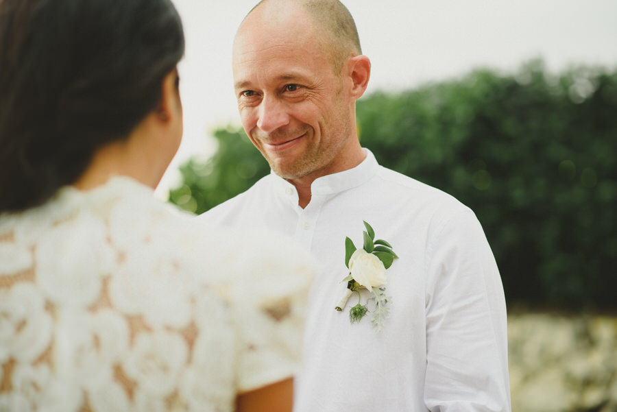 bali wedding destination-wedding in bali - bali photographer - pantai lima estate - profesional bali wedding photographer - diktatphotography - ade + sam - 40
