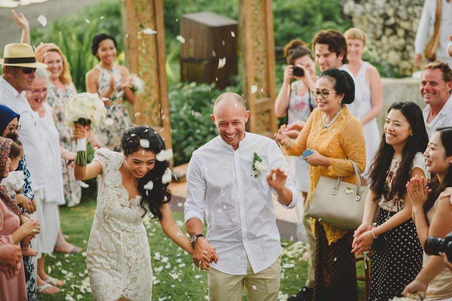 bali wedding destination-wedding in bali - bali photographer - pantai lima estate - profesional bali wedding photographer - diktatphotography - ade + sam - 47
