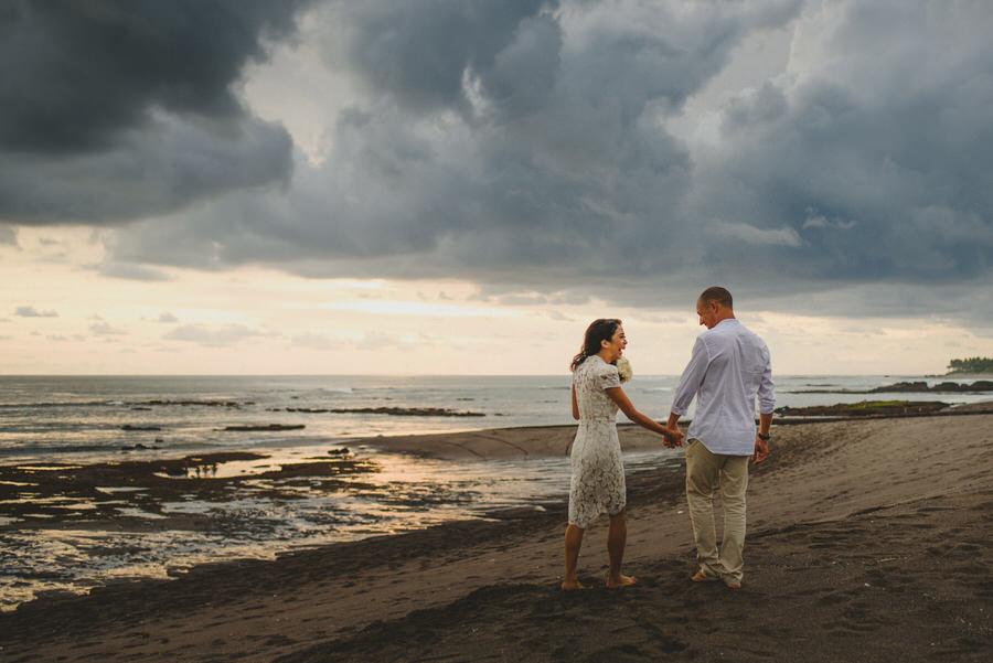bali wedding destination-wedding in bali - bali photographer - pantai lima estate - profesional bali wedding photographer - diktatphotography - ade + sam - 52