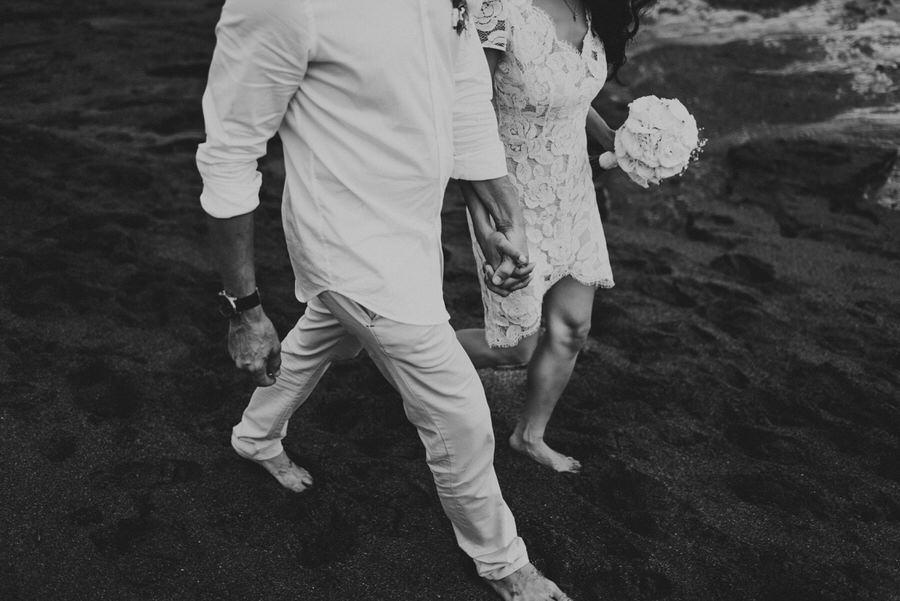 bali wedding destination-wedding in bali - bali photographer - pantai lima estate - profesional bali wedding photographer - diktatphotography - ade + sam - 58