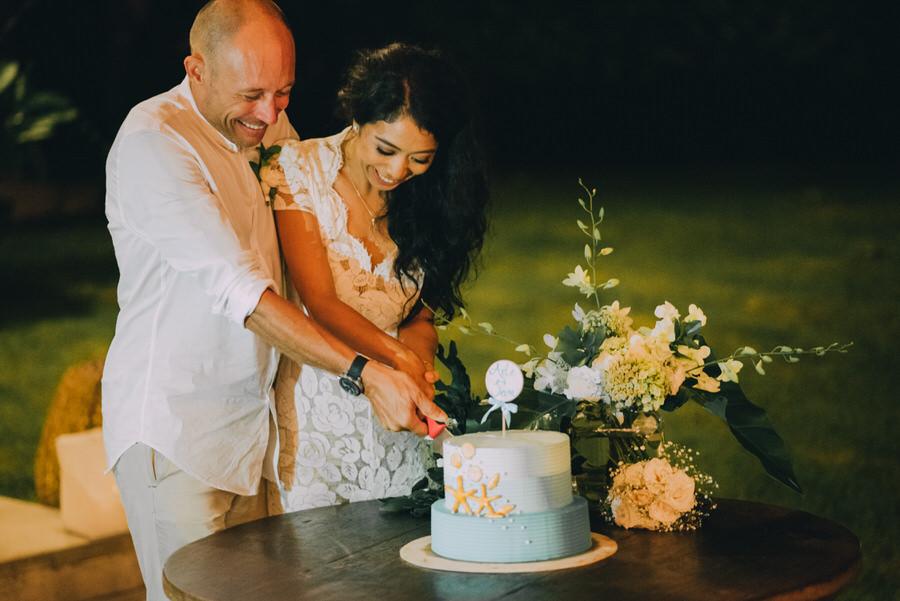 bali wedding destination-wedding in bali - bali photographer - pantai lima estate - profesional bali wedding photographer - diktatphotography - ade + sam - 81
