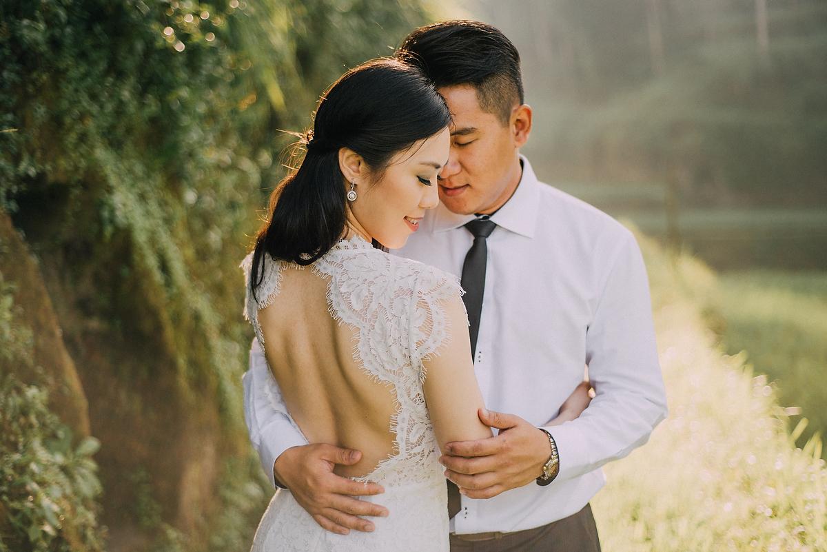 prewedding-engagement-diktatphotograpgy-preweddinginbali-tegalalang-ubud-tegenungun-airterjun-jimbaran-24