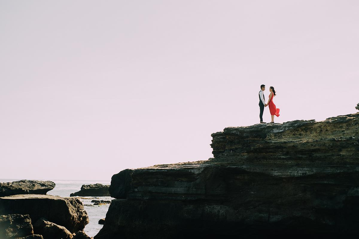 preweddinginbali-engagementinbali-tamblingan-canggu-diktatphotography-23