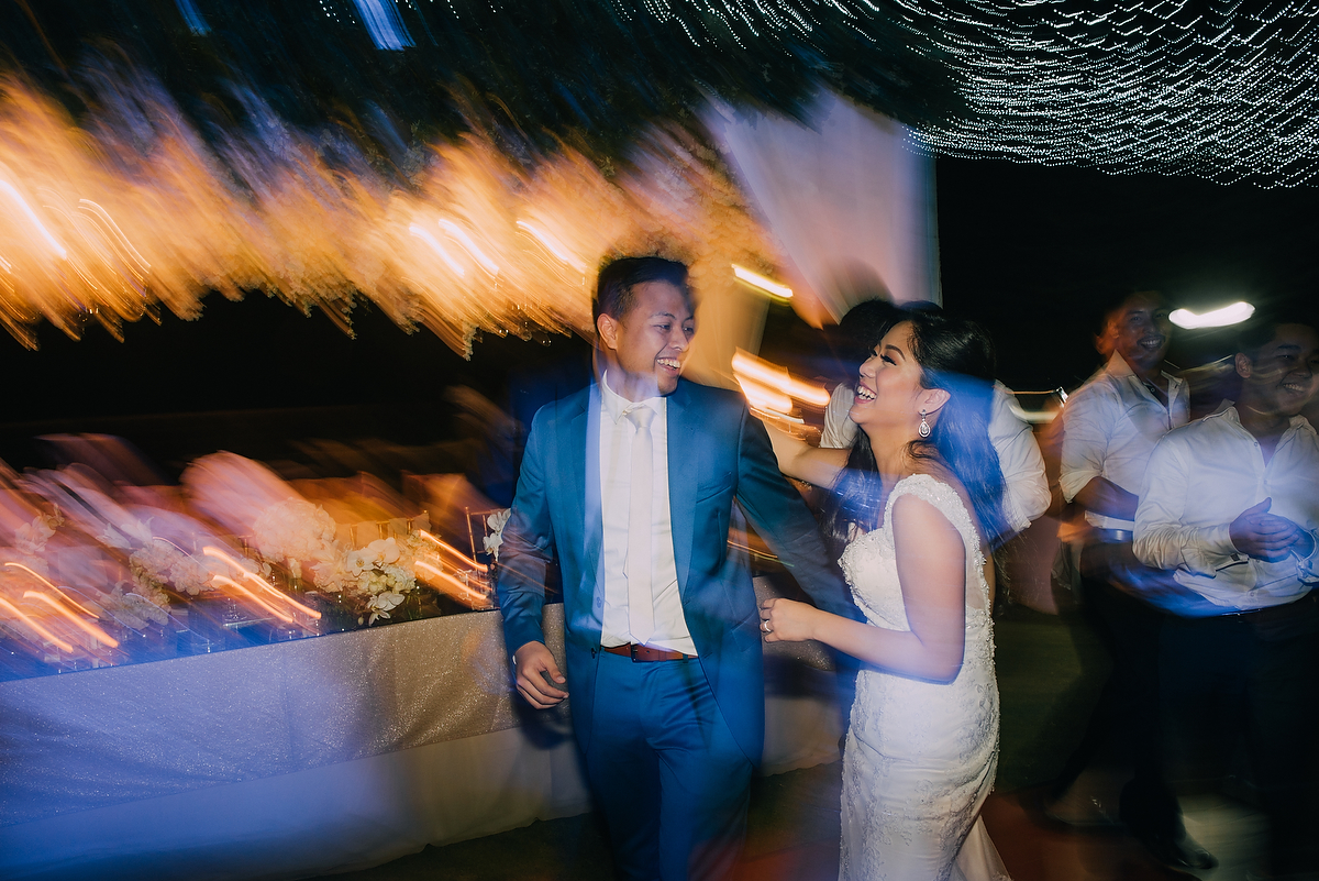 wedding-aprilia-chris-theedge-uluwatu-diktatphotography-weddinginbali-weddingdestination-121