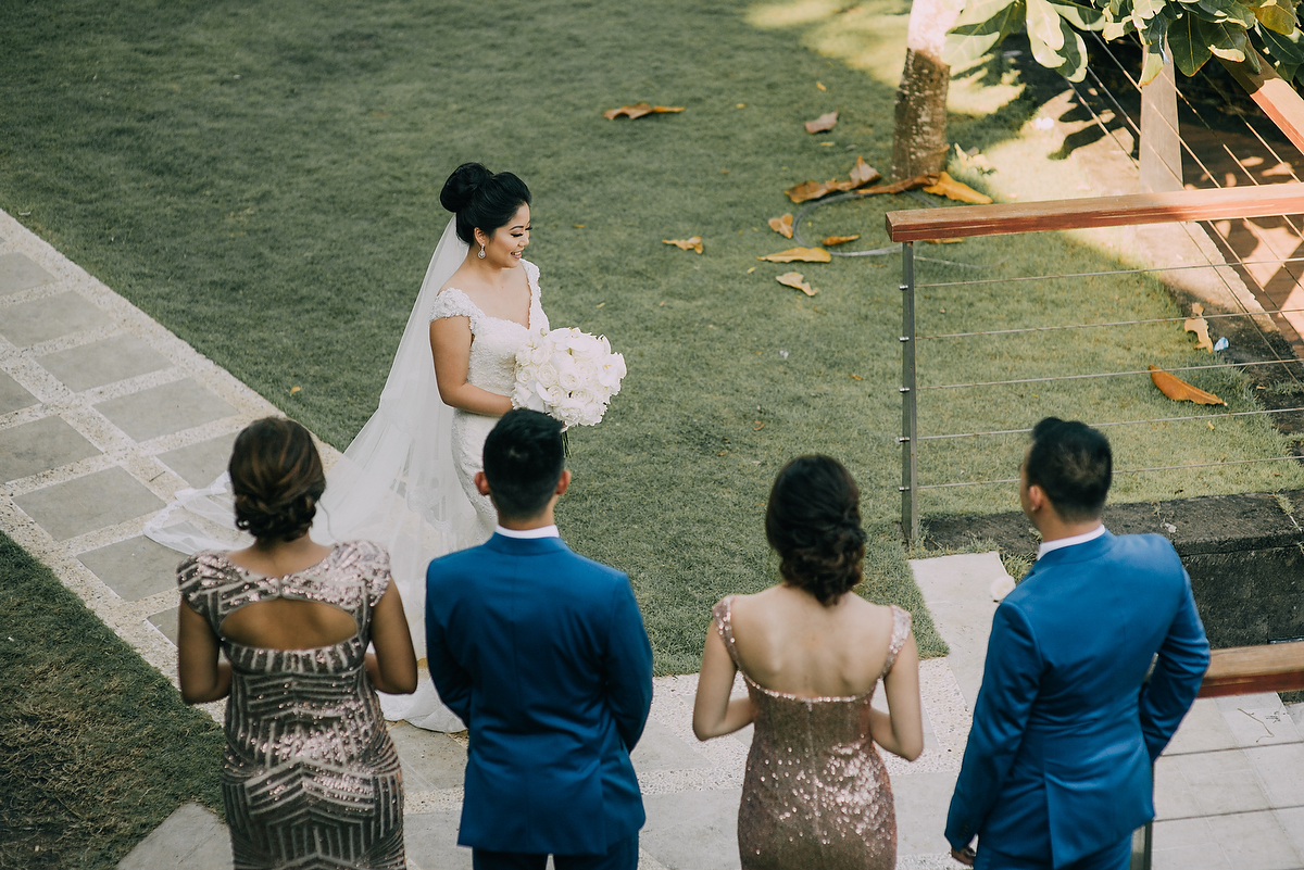 wedding-aprilia-chris-theedge-uluwatu-diktatphotography-weddinginbali-weddingdestination-32