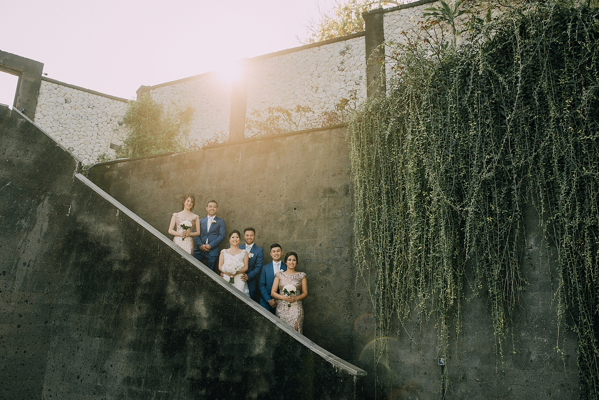 wedding-aprilia-chris-theedge-uluwatu-diktatphotography-weddinginbali-weddingdestination-35