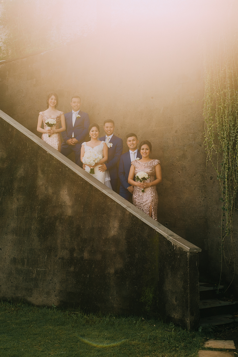 wedding-aprilia-chris-theedge-uluwatu-diktatphotography-weddinginbali-weddingdestination-37