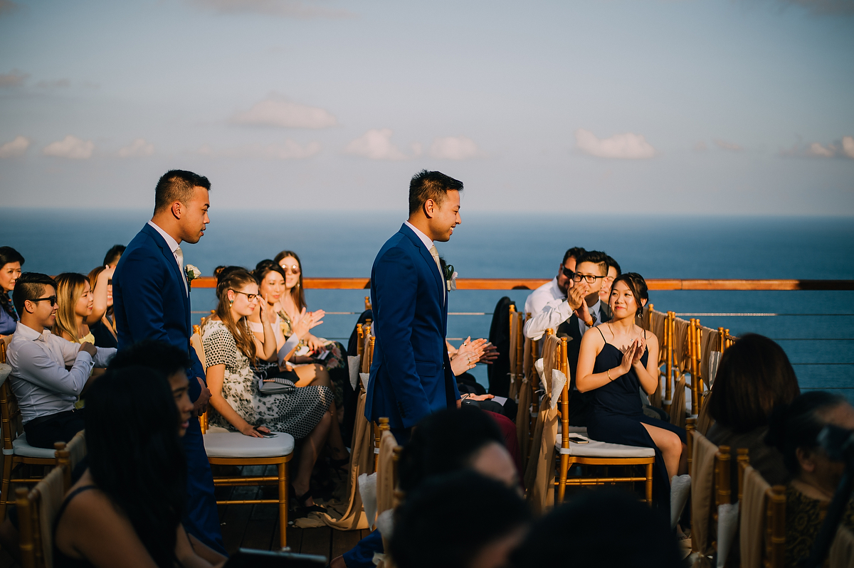 wedding-aprilia-chris-theedge-uluwatu-diktatphotography-weddinginbali-weddingdestination-45
