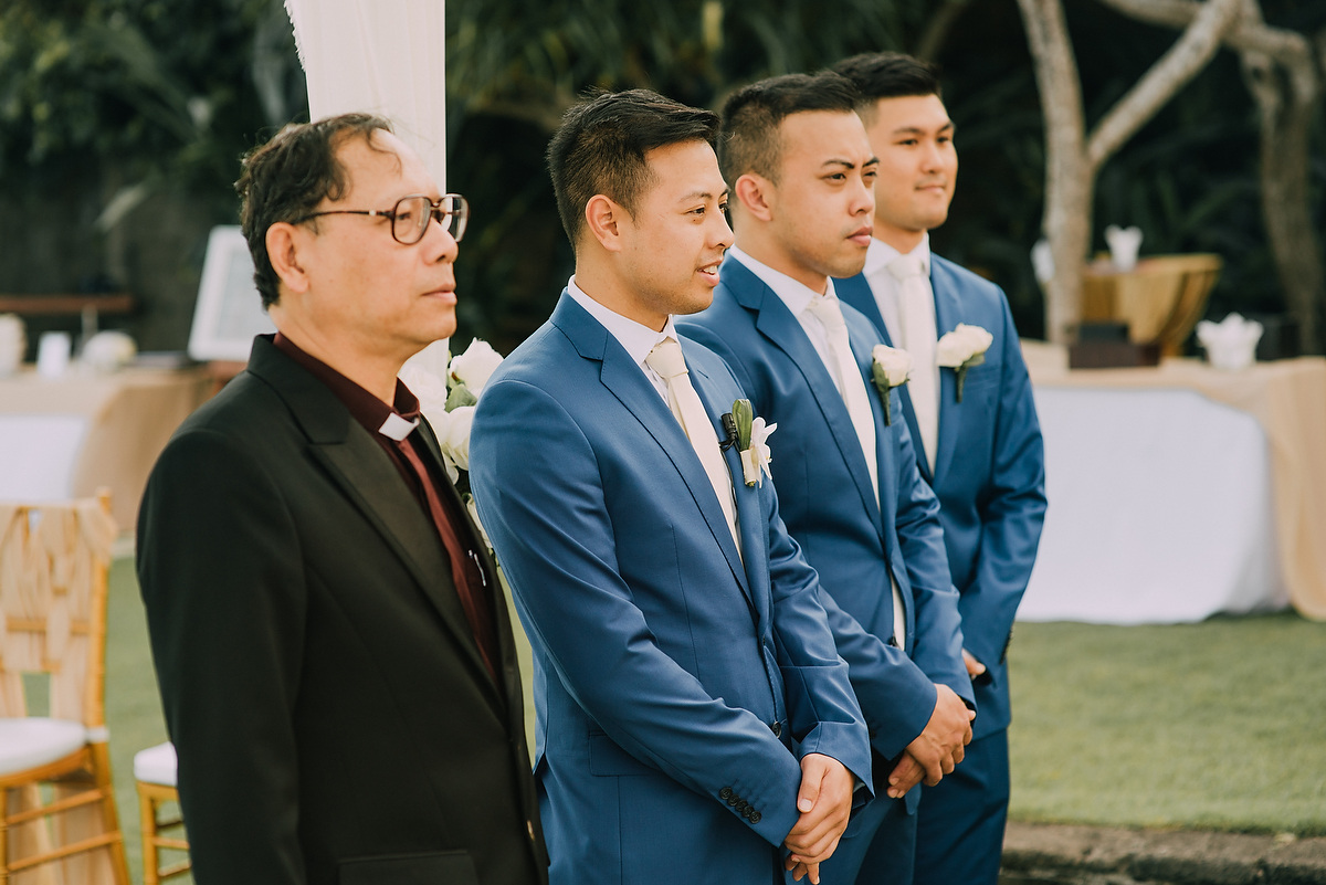 wedding-aprilia-chris-theedge-uluwatu-diktatphotography-weddinginbali-weddingdestination-46