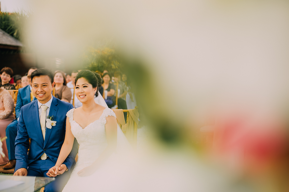 wedding-aprilia-chris-theedge-uluwatu-diktatphotography-weddinginbali-weddingdestination-58