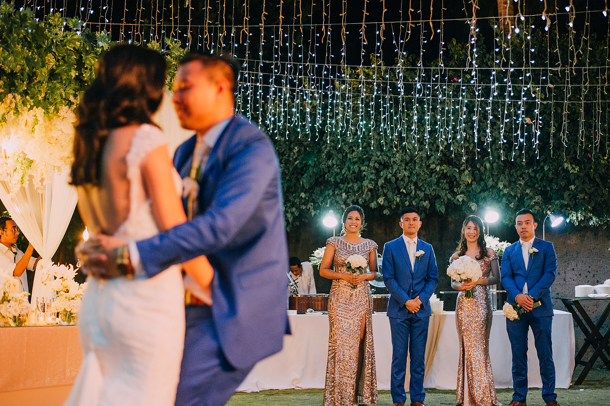 wedding-aprilia-chris-theedge-uluwatu-diktatphotography-weddinginbali-weddingdestination-96