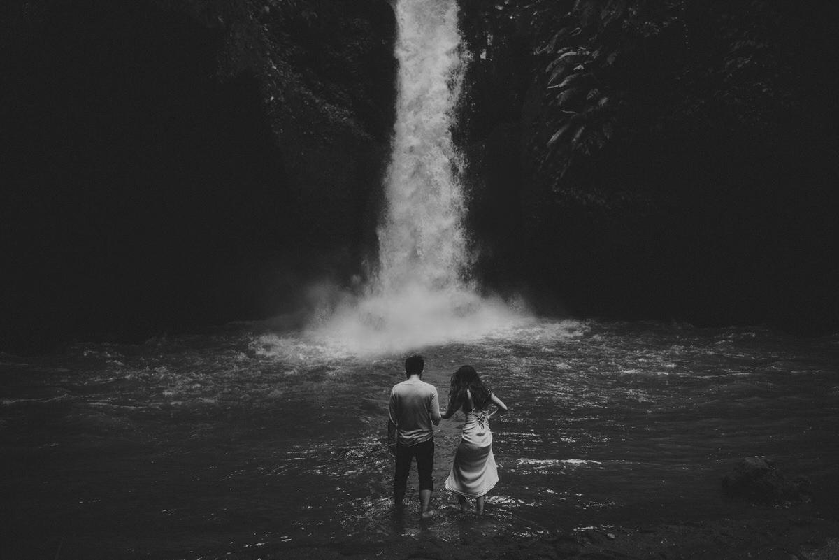 bali engagement destination-prewedding in bali - bali photographer - lake tamblingan - mount batur - profesional bali wedding photographer - diktatphotography - H&Z prewedding - 1
