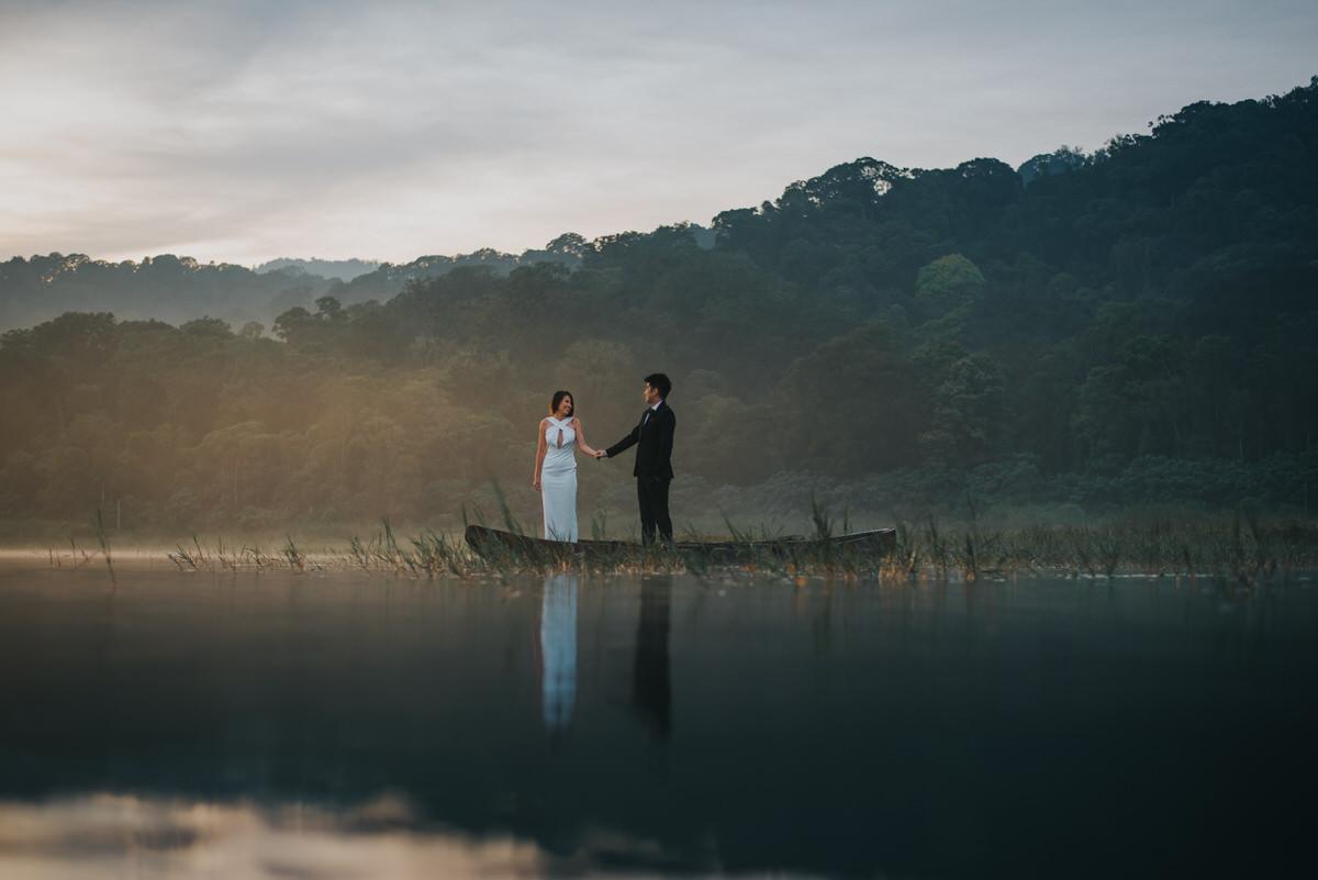 bali engagement destination-prewedding in bali - bali photographer - lake tamblingan - mount batur - profesional bali wedding photographer - diktatphotography - H&Z prewedding - 21