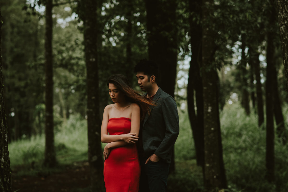 bali engagement destination-prewedding in bali - bali photographer - lake tamblingan - mount batur - profesional bali wedding photographer - diktatphotography - H&Z prewedding - 44