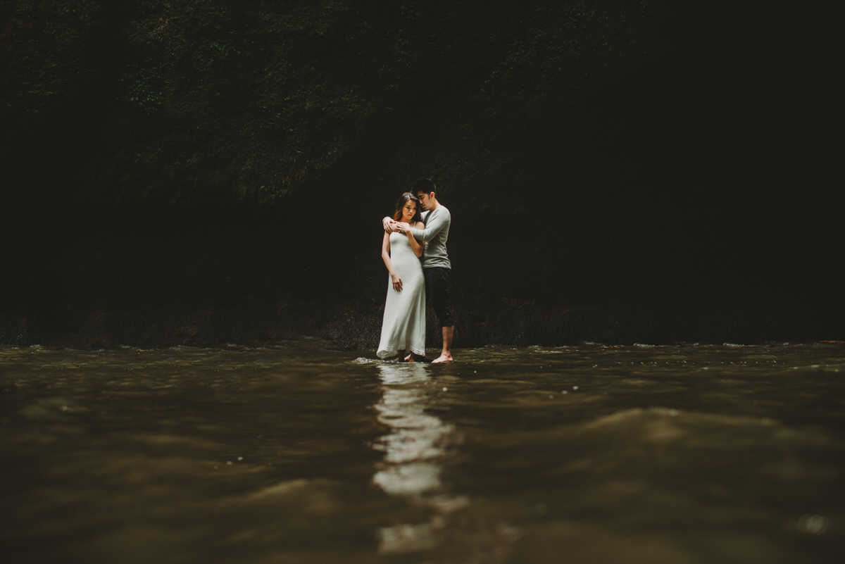 bali engagement destination-prewedding in bali - bali photographer - lake tamblingan - mount batur - profesional bali wedding photographer - diktatphotography - H&Z prewedding - 5