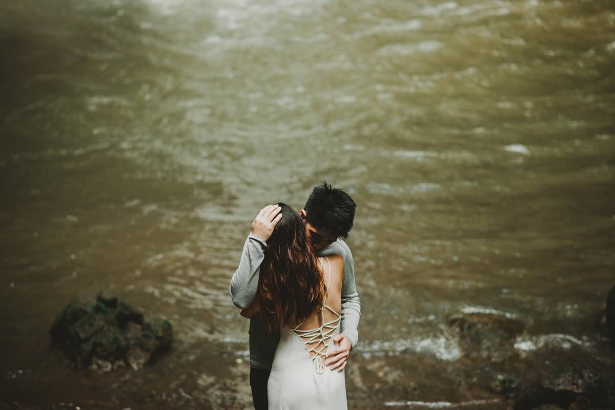 bali engagement destination-prewedding in bali - bali photographer - lake tamblingan - mount batur - profesional bali wedding photographer - diktatphotography - H&Z prewedding - 9