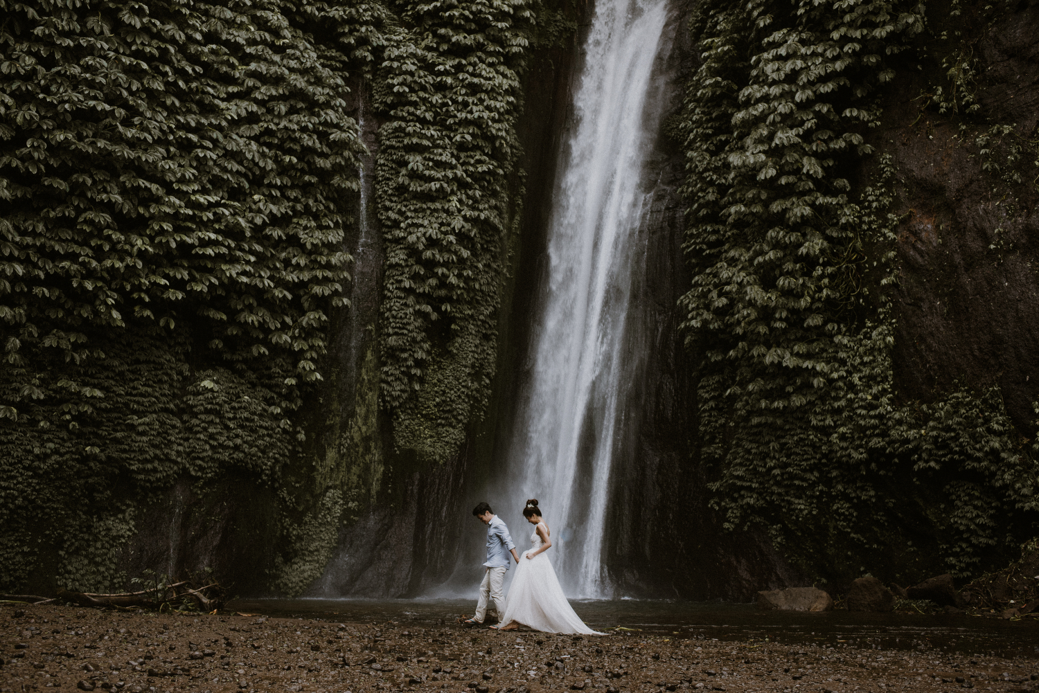 preweddinginbali-bali-batur-ubud-diktatphotography-engagemnet-baliweddingphotographer-weddinginbali-34