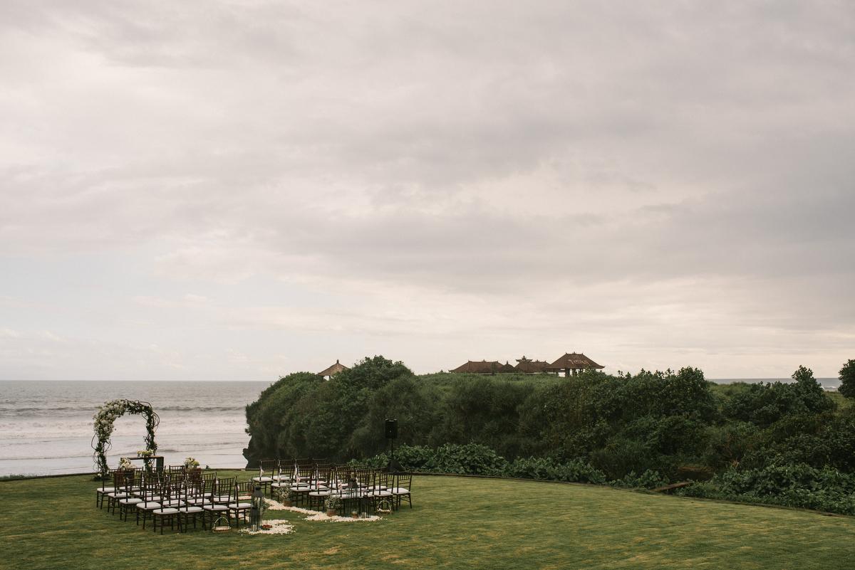 weddinginbali-baliweddingphotographer-alilavillassoori-diktatphotography-baliweddingdestination-25