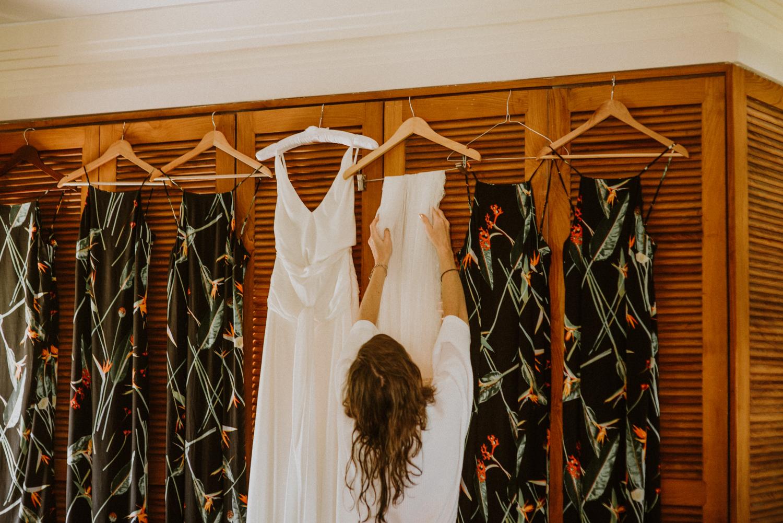 baliweddingdestination-weddinginbali-baliweddingphotographer-diktatphotography-bayuhsabbha-uluwatu-bali-11