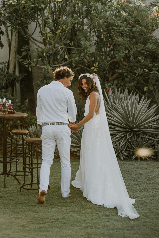 baliweddingdestination-weddinginbali-baliweddingphotographer-diktatphotography-bayuhsabbha-uluwatu-bali-51