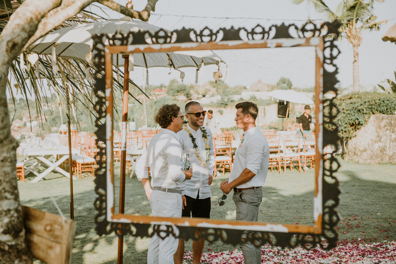 baliweddingdestination-weddinginbali-baliweddingphotographer-diktatphotography-bayuhsabbha-uluwatu-bali-55