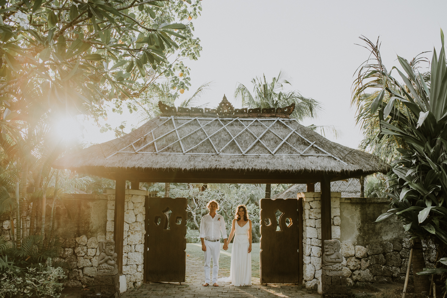 baliweddingdestination-weddinginbali-baliweddingphotographer-diktatphotography-bayuhsabbha-uluwatu-bali-58