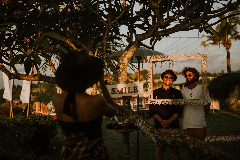 baliweddingdestination-weddinginbali-baliweddingphotographer-diktatphotography-bayuhsabbha-uluwatu-bali-72