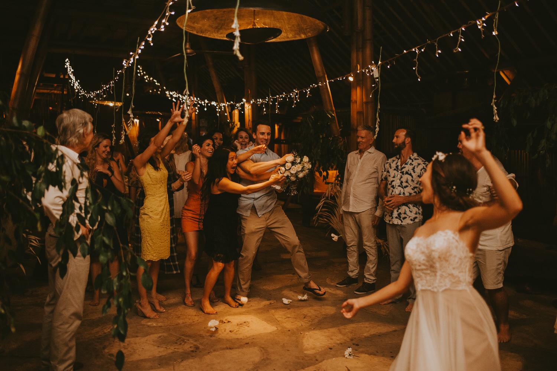 bali-wedding-ubud-wedding-wedding-destination-diktatphotography-kadek-artayasa-elaine-and-glenn-168