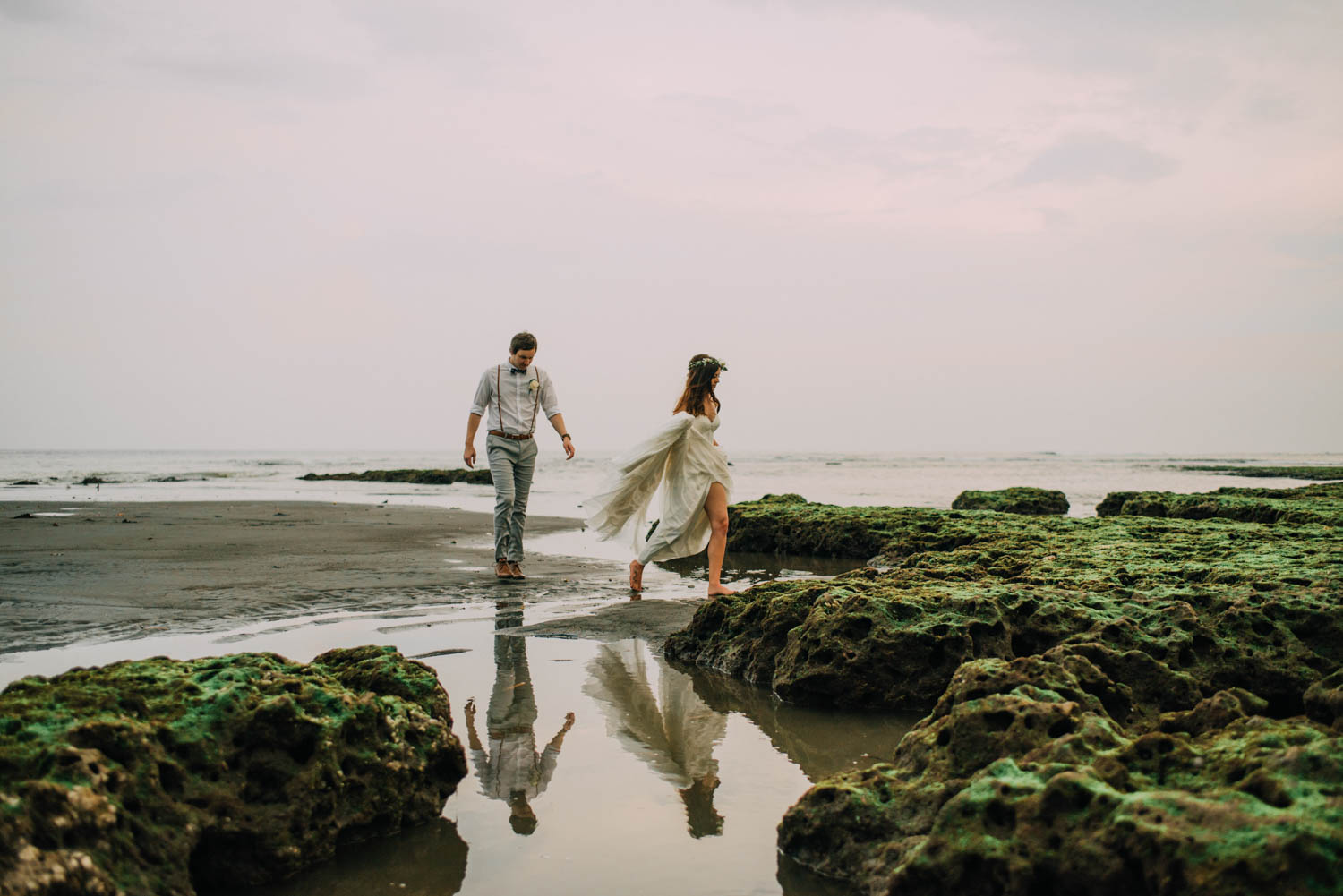 baliwedding-destination-diktatphotography-weddinginbali-baliweddingphotographer-villapusphapuri-89