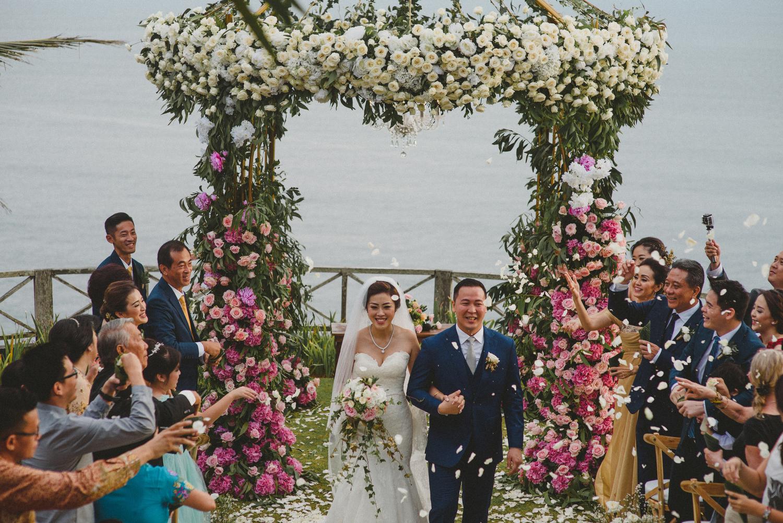wedding-helise-risky-weddinginbali-khayanganestate-diktatphotography-baliweddingdestination-baliphotographer-89