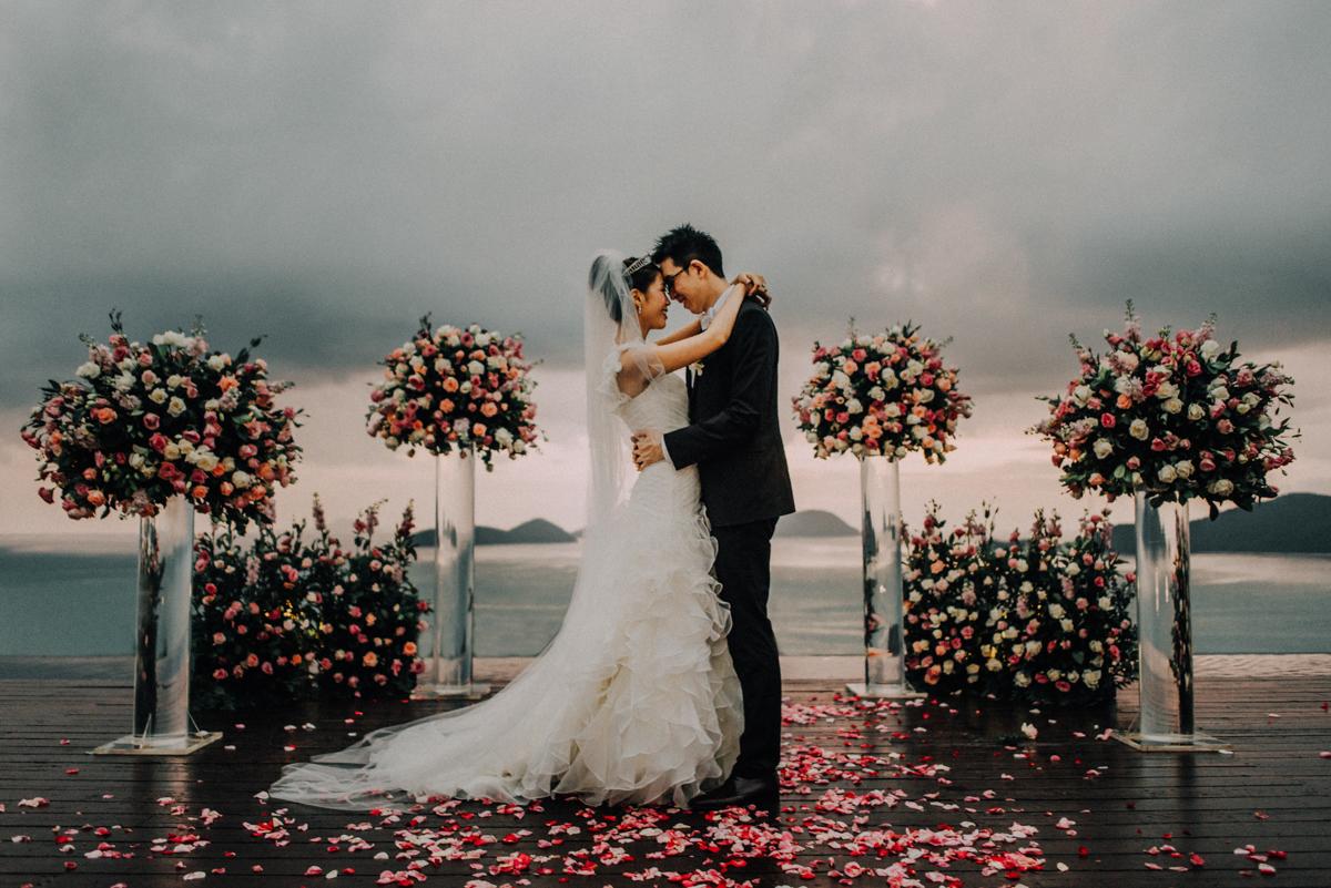 diktatphotography-weddinginphuket-weddingdestination-phuket-thailand-phuketphotographer-phuketwedding-sripanwa-109