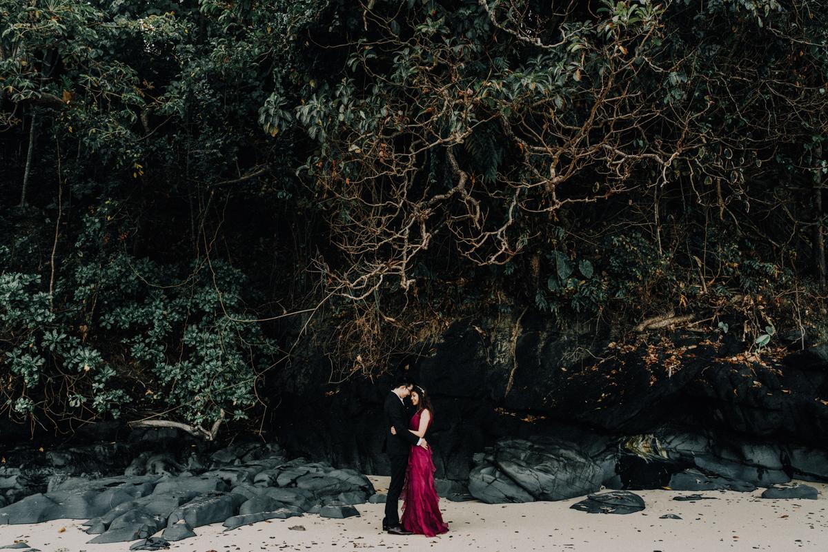 diktatphotography-weddinginphuket-weddingdestination-phuket-thailand-phuketphotographer-phuketwedding-sripanwa-13