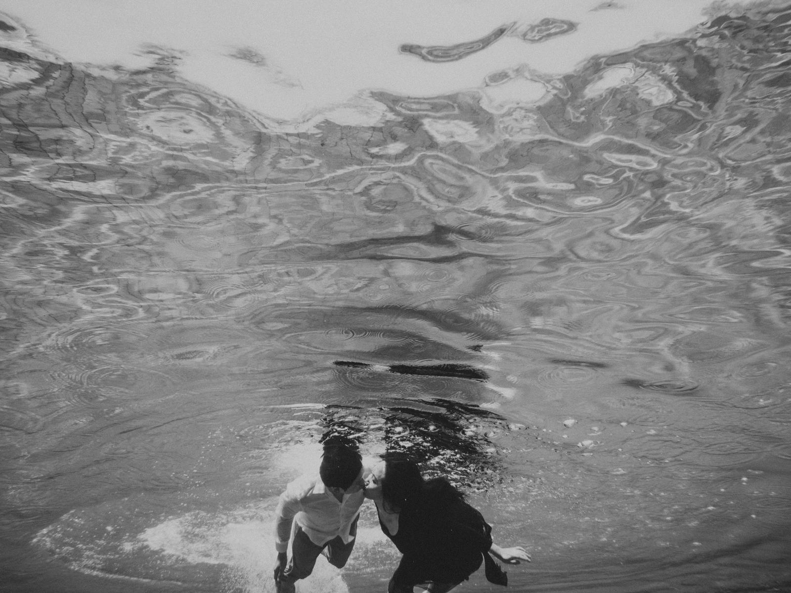 diktatphotography-baliweddingphotography-preweddinginbali-danautamblingan-uluwatu-25
