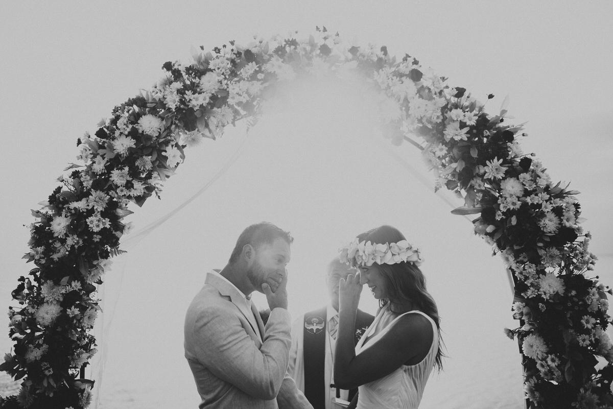 bali wedding destination-wedding in bali - bali photographer - bali clift wedding - profesional bali wedding photographer - diktatphotography - M&B wedding - 33