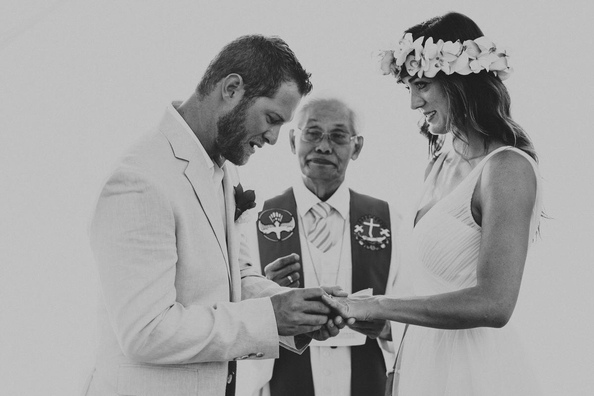 bali wedding destination-wedding in bali - bali photographer - bali clift wedding - profesional bali wedding photographer - diktatphotography - M&B wedding - 34