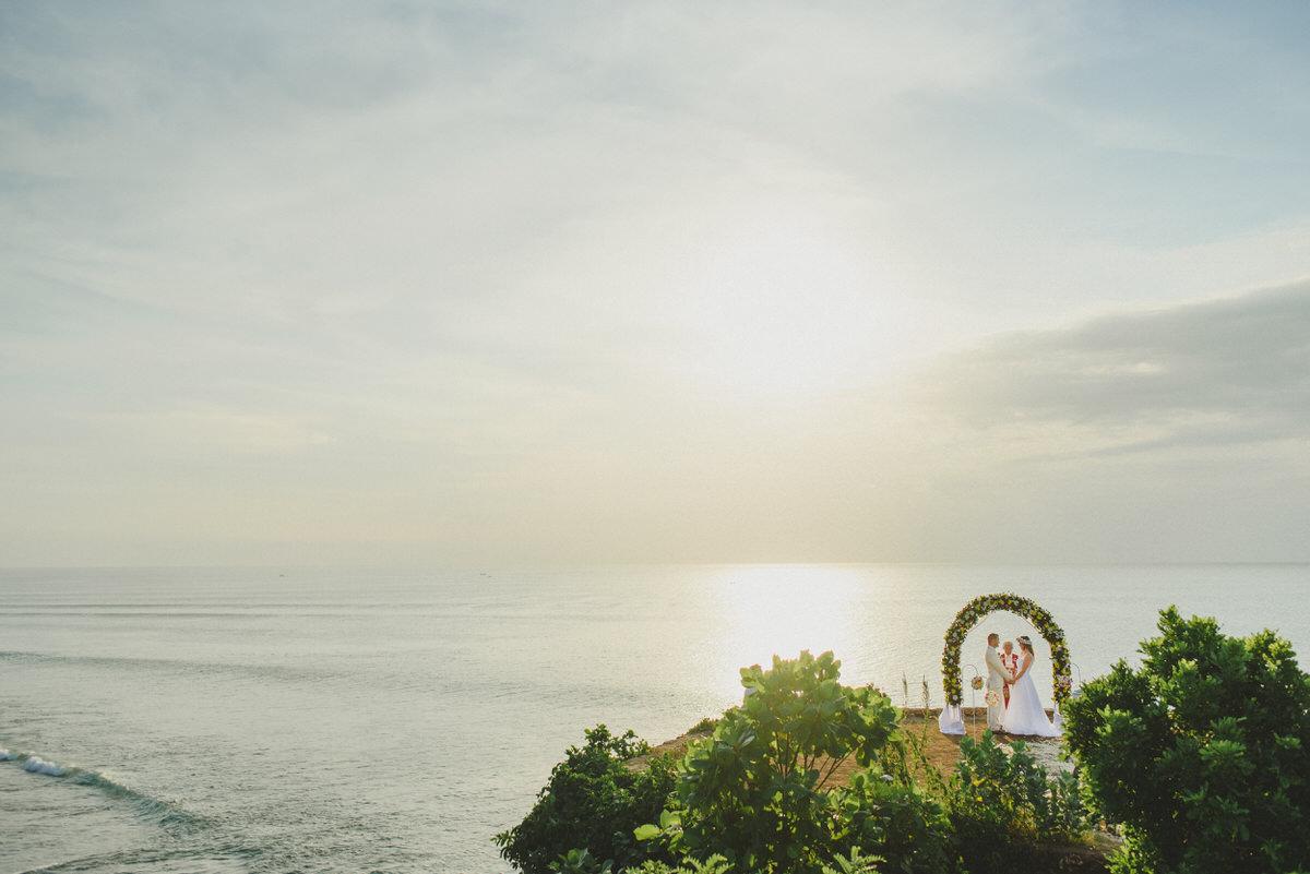 bali wedding destination-wedding in bali - bali photographer - bali clift wedding - profesional bali wedding photographer - diktatphotography - M&B wedding - 36