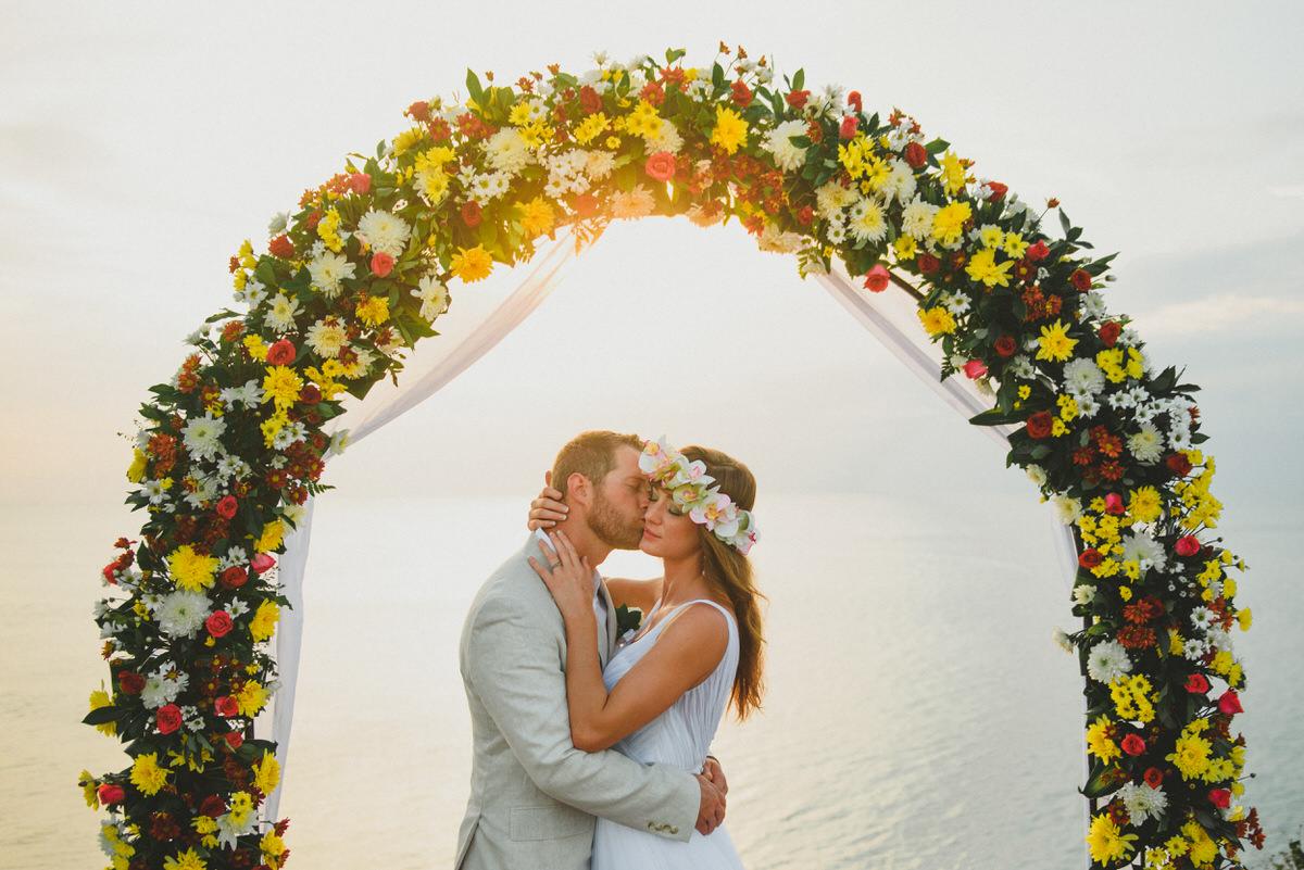 bali wedding destination-wedding in bali - bali photographer - bali clift wedding - profesional bali wedding photographer - diktatphotography - M&B wedding - 41