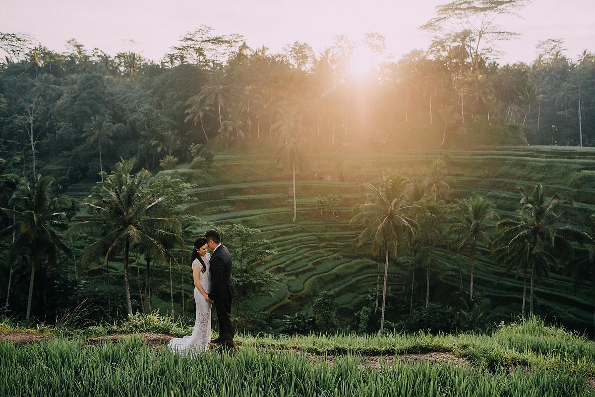 prewedding-engagement-diktatphotograpgy-preweddinginbali-tegalalang-ubud-tegenungun-airterjun-jimbaran-9
