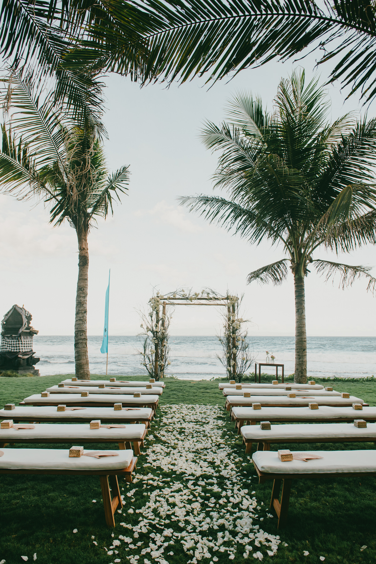 bali wedding destination-wedding in bali - bali photographer - komune beach club - profesional bali wedding photographer - diktatphotography - Jess & Craig - 52