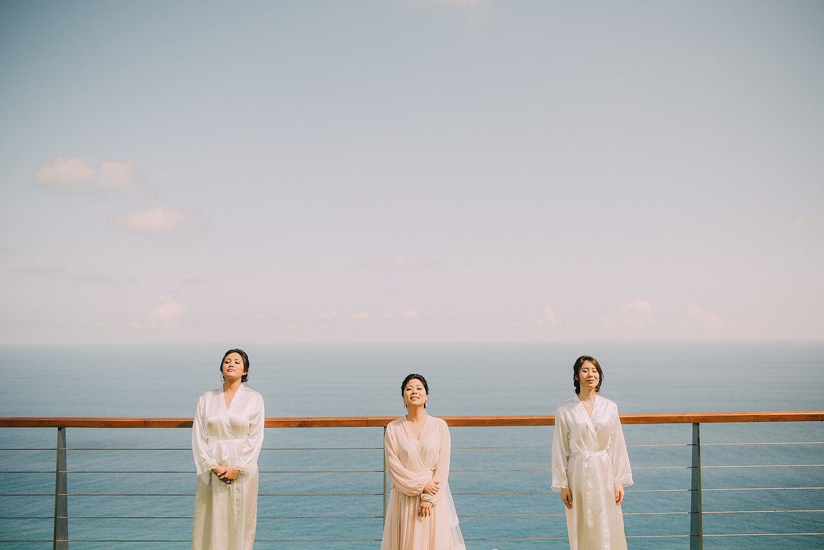 wedding-aprilia-chris-theedge-uluwatu-diktatphotography-weddinginbali-weddingdestination-19