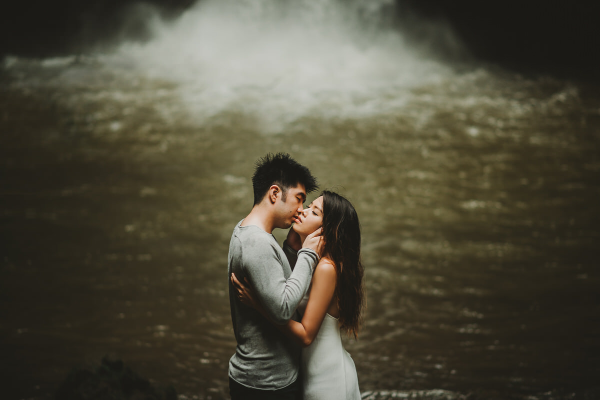 bali engagement destination-prewedding in bali - bali photographer - lake tamblingan - mount batur - profesional bali wedding photographer - diktatphotography - H&Z prewedding - 10