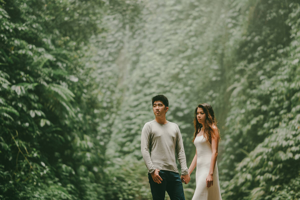 bali engagement destination-prewedding in bali - bali photographer - lake tamblingan - mount batur - profesional bali wedding photographer - diktatphotography - H&Z prewedding - 14