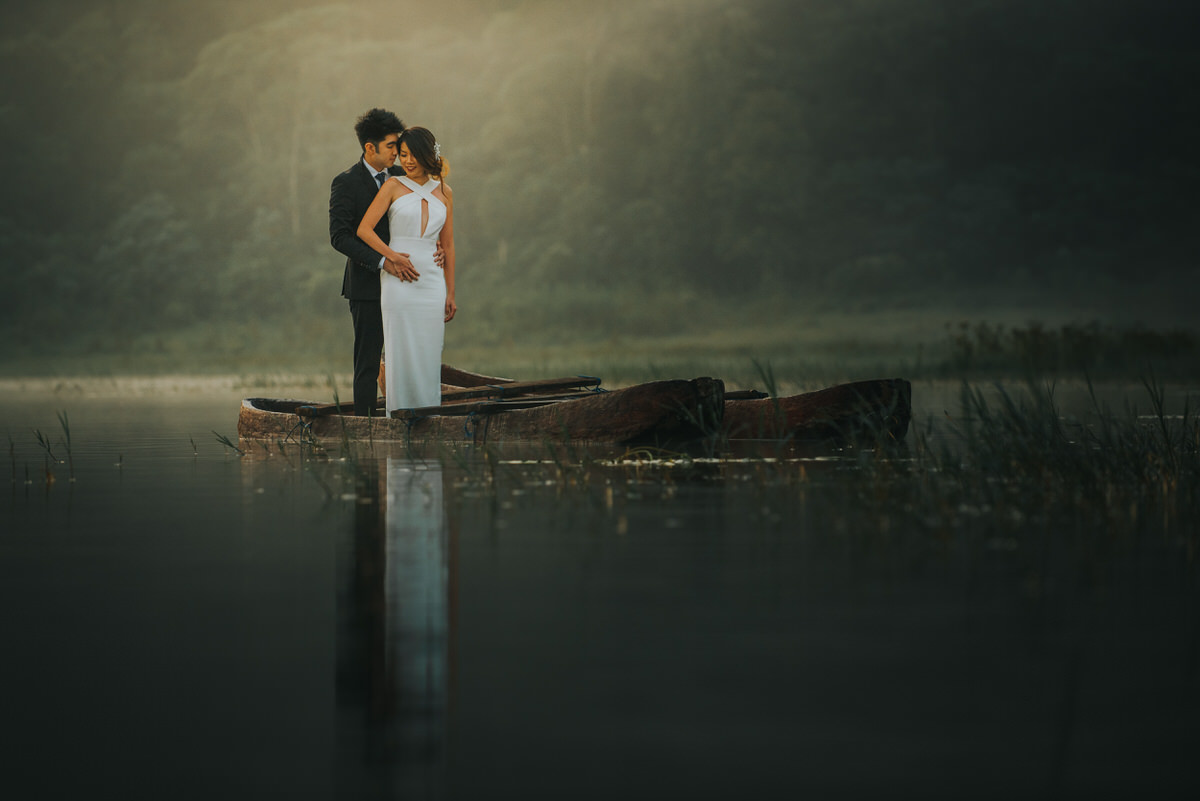 bali engagement destination-prewedding in bali - bali photographer - lake tamblingan - mount batur - profesional bali wedding photographer - diktatphotography - H&Z prewedding - 24