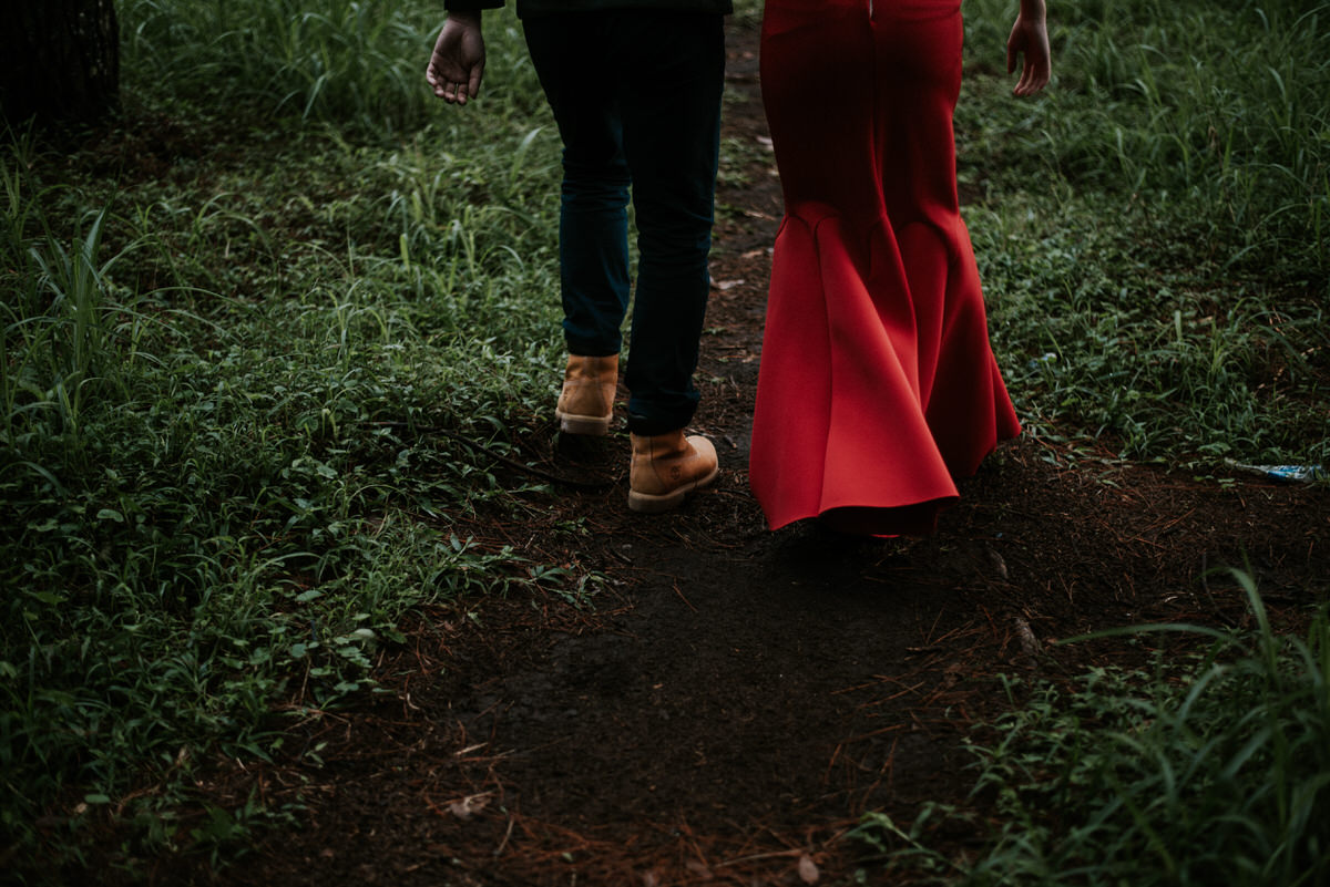 bali engagement destination-prewedding in bali - bali photographer - lake tamblingan - mount batur - profesional bali wedding photographer - diktatphotography - H&Z prewedding - 38