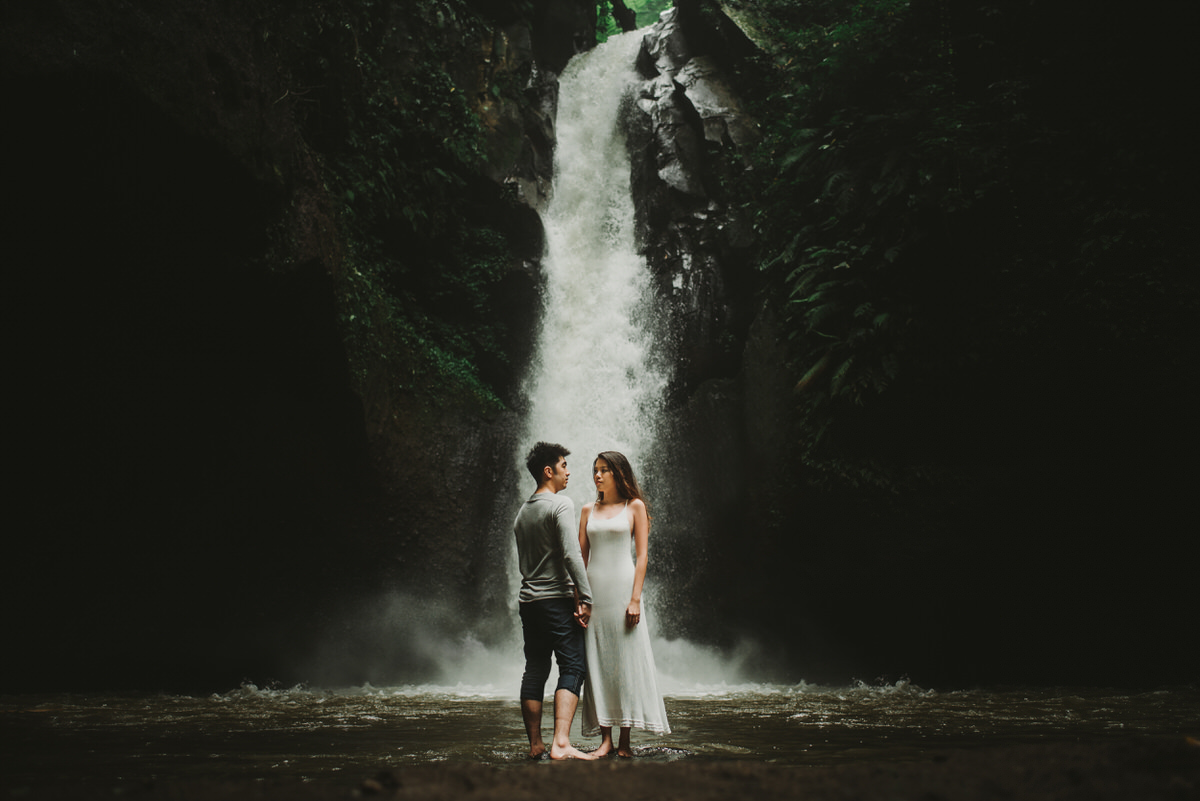 bali engagement destination-prewedding in bali - bali photographer - lake tamblingan - mount batur - profesional bali wedding photographer - diktatphotography - H&Z prewedding - 6