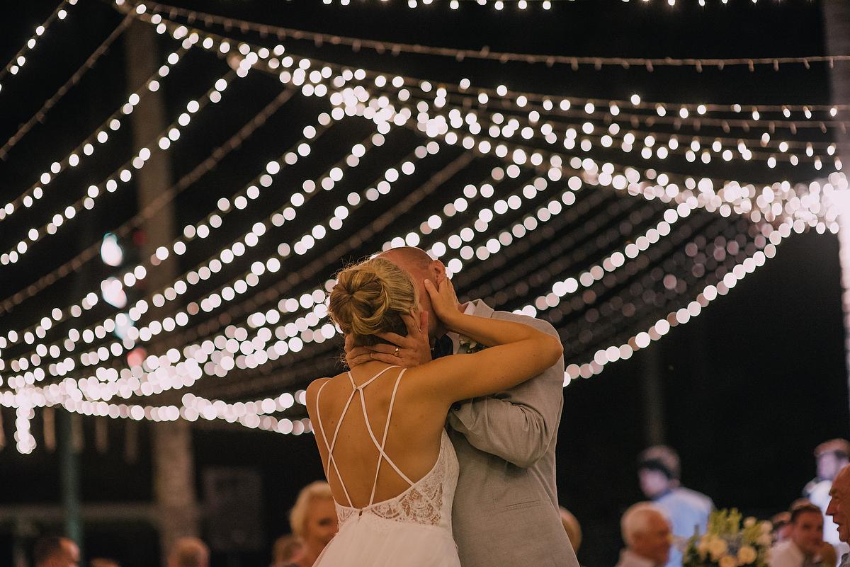diktatphotography-weddinginsemarabeachhouse-canggu-bali-baliweddingdestination-weddinginbali-baliweddingphotographer-117