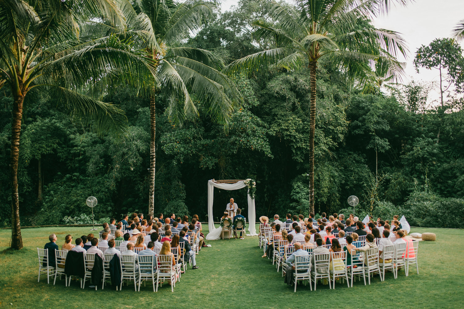 bali-wedding-destination-wedding-in-bali-bali-photographer-the-sanctuary-villa-profesional-bali-wedding-photographer-diktatphotography-clement-armine-wedding-52